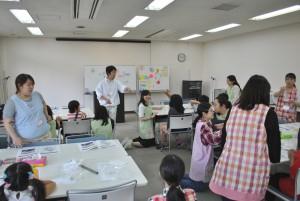 お子さんを対象に開催した電子回路ペン講座